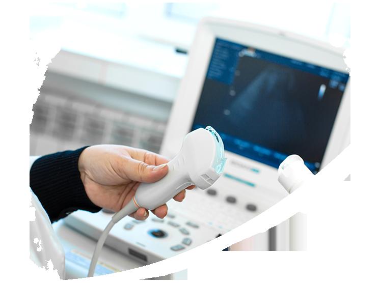 """<h1> <span> Ultrassom  </span> </h1> <p> A ultrassonografia é  um procedimento simples, <br> rápido e não possui restrições, <br> podendo ser feito sempre <br> que o médico achar necessário. </p>  <a href=""""http://clinicazago.com.br/exames/ultrassom/"""">Saiba mais</a>"""